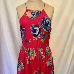 Everly Dresses - NWT Everly Halter Maxi Floral Size Medium